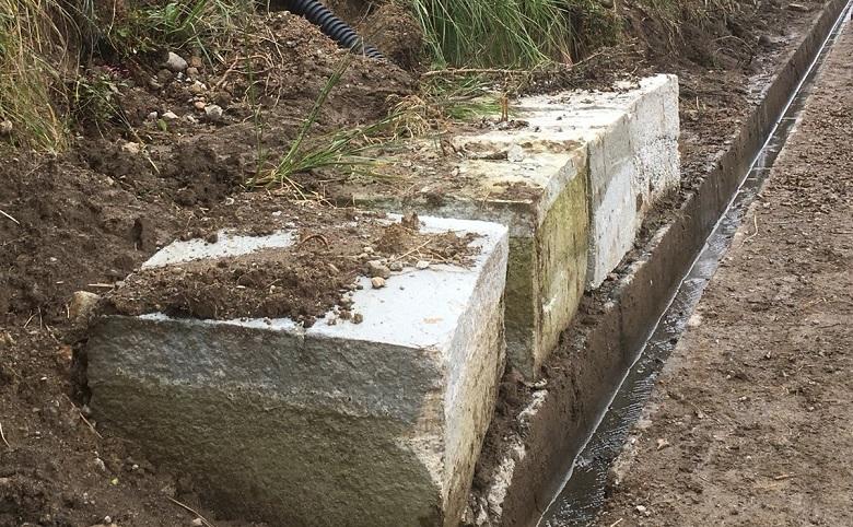 石材、雨水対策